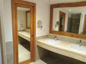 Porta+cornice-con-specchio