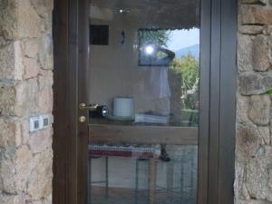 Porta-finestra-in-Pino